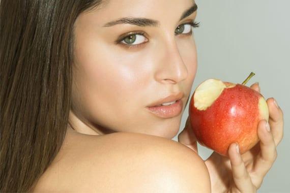 Manzana para hacer la dieta de 500 calorías