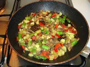 Calor as por cada alimento vegetales y legumbres for Comidas ricas y baratas