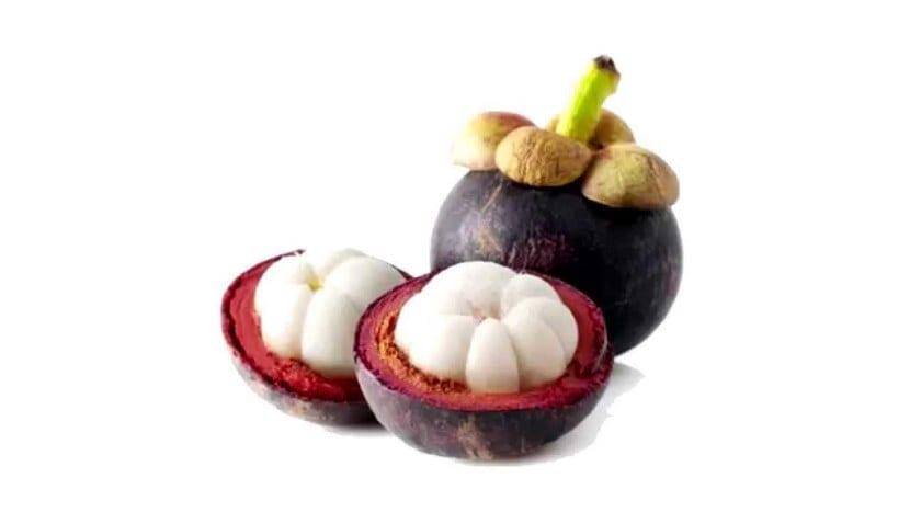 Mangostino o mangostan abierto