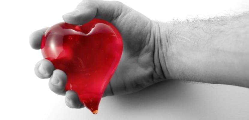 corazon_en_la_mano