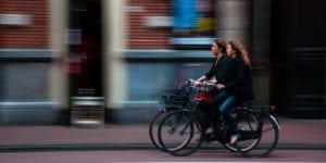 ir en bicicleta pra tener una vida más sana