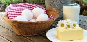huevos, queso y mantequilla