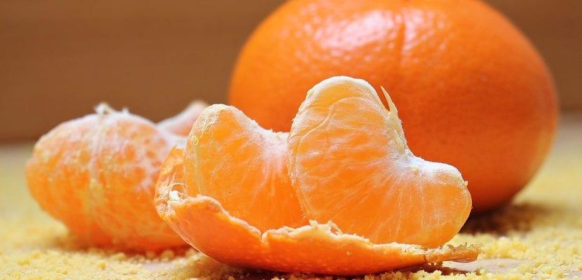 mandarina abierta