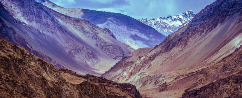 montañas en el himalaya
